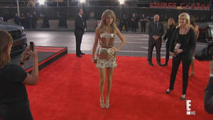 Taylor Swift - Fashion Police: American Music Awards 2013, 720p