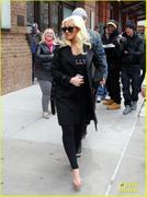 th_984797335_christina_aguilera_keeps_he