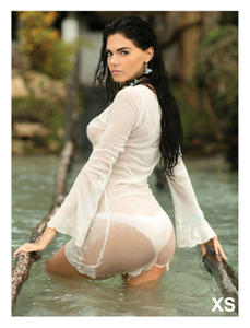No diré mas de esta hermosa mujer  Livia Brito esta en H !!!