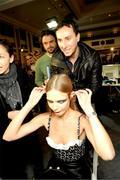 Наталья Водянова (Natalya Vodyanova) - Страница 3 Th_36194_s-nv-givenchy-ss2010-haute-couture-6_122_4lo