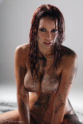 Bianca Beauchamp naked body in dirt &amp; oil: picture 13