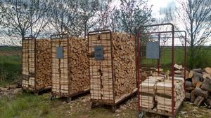 transportgestelle f r brennholz landtreff. Black Bedroom Furniture Sets. Home Design Ideas