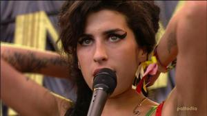 Amy Winehouse -  Rehab @ Glastonbury Festival 2007 |6-23-2007| 18 Mbps DD 2.0 MPEG2 HDTV 1080i