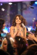 th 455529382 SG2 122 528lo Selena Gomez appearing on MTV's New Years Eve celebrations in New York – 31/12/11